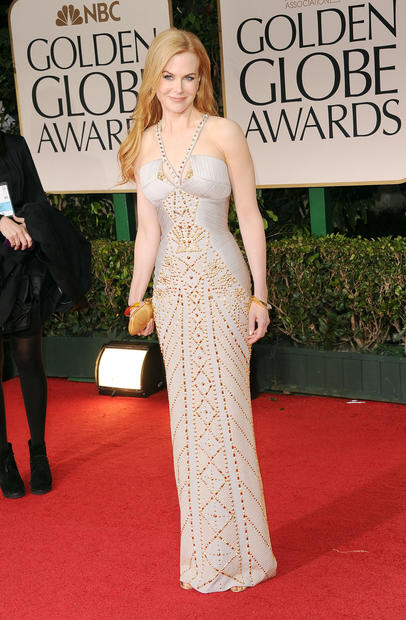 Nicole Kidman's Versace gown has jewelry built in.