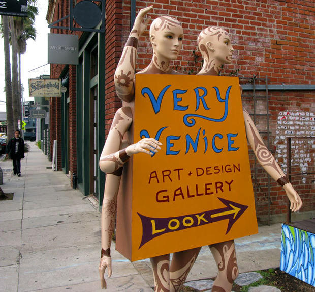 "A good place to start your walk is <a href=""http://www.veryveniceart.com""> Very Venice</a>, which opened in August. About 3,000 square feet of connecting bungalow buildings are filled with the work of more than 100 artists."