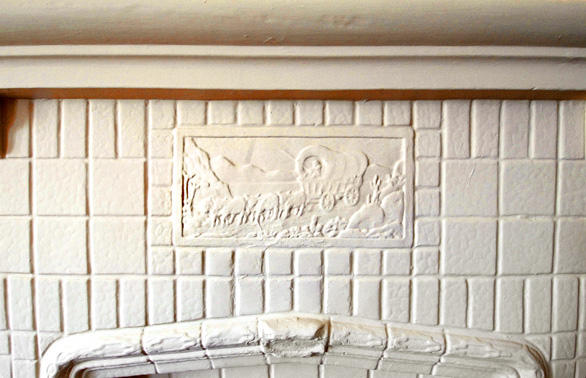 "Among the Maltman bungalows' period touches: the fireplace tile.<br> <br> <b>More...</b><br> <br> • <a href=""http://www.latimes.com/features/home/la-hm-small5-2008jun05,0,6419091.story"">Fledgling home projects emerge from L.A.'s small-lot ordinance</a><br> <br> <b>Also in Home & Garden</b><br> <br> • <a href=""http://www.latimes.com/features/home/la-hm-holtzman5-2008jun05,0,1241861.story"">Hallie Holtzman's Westwood garden bears fruit and flowers</a><br />