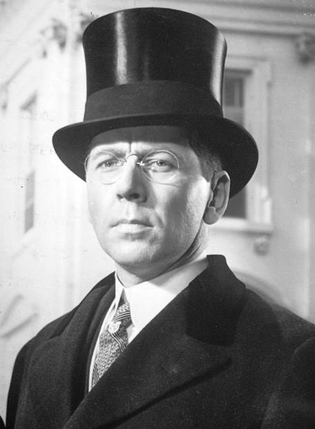 Alexander Knox was Oscar nominated as Woodrow Wilson in this lavish 1944 bio-pic that was a financial flop for 20th Century Fox.