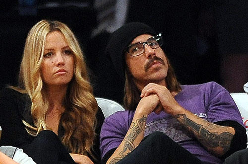 "Anthony Kiedis of the Red Hot Chili Peppers attends a  <a href="" http://www.latimes.com/sports/la-spw-lakers-kobe-bryant28-2010feb28,0,4188713.story""> Lakers- Philadelphia 76ers </a>   game  at Staples Center."
