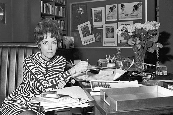 "Writer of the bestselling 1962 book ""Sex and the Single Girl,"" Brown broke ground by discussing the sex life of single women. The book led to led to a syndicated newspaper column, a movie of the same name and, in 1965, to Brown's role as editor of Cosmopolitan. She was 90. <a href=""http://www.latimes.com/news/obituaries/la-me-helen-gurley-brown-20120814,0,7950663.story""><span class=""center_label"">Full obituary</span></a><br>
