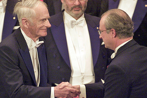 "The Nobel Prize-winning chemist, left, helped solve a longstanding problem in the manufacture of medicines. He led development of a chemical catalyst to create safe compounds for producing L-Dopa, a drug for treating Parkinson's disease. He was 95. <a href=""http://www.latimes.com/news/custom/scimedemail/la-me-william-knowles-20120618,0,3743749.story""><span class=""center_label"">Full obituary</span></a><br>