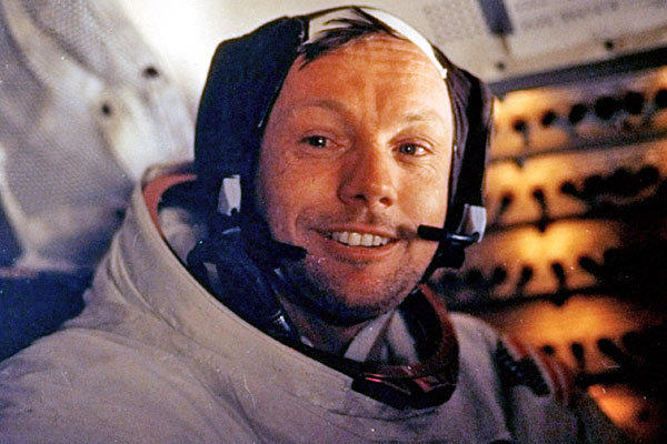 "The U.S. astronaut was the first person to set foot on the moon, forever establishing him as one of the great heroes of the 20th century. His ""giant leap for mankind"" in 1969 climaxed a monumental achievement in human history. He was 82.  <a href=""http://www.latimes.com/news/obituaries/la-me-neil-armstrong-20120826,0,1467170.story""><span class=""center_label"">Full obituary</span></a><br> <br> <a href=""http://www.latimes.com/news/obituaries/la-me-2012notables-gallery,0,1269713.photogallery""><span class=""center_label"">Notable deaths of 2012</span></a>"