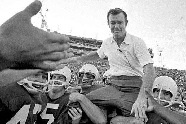 "The legendary Texas coach led the Longhorns to three national college football titles and 11 Southwest Conference titles in a 20-year tenure that ended in 1976. He was 88. <a href=""http://www.latimes.com/news/obituaries/la-me-darrell-royal-20121108,0,6342175.column"" class=""center_label"">Full obituary</a>