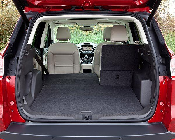 Buyers comparing interior space should note that the Escape trails most of its competitors in passenger and cargo volume.