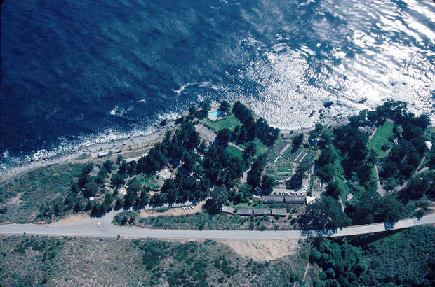 <b>THE BATHS AT ESALE</b><b>N</b>