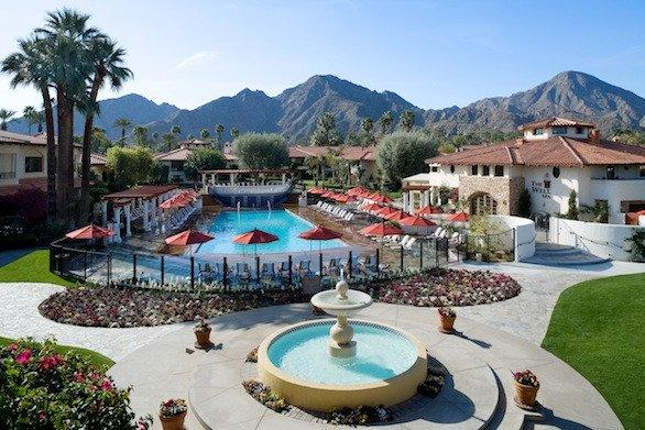 Miramonte Resort & Spa offers spa services, golf and convenient access to the nearby mountains.