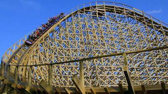 Great America's new wooden coaster would feature the same twisting first drop employed on Prowler at Missouri's Worlds of Fun.