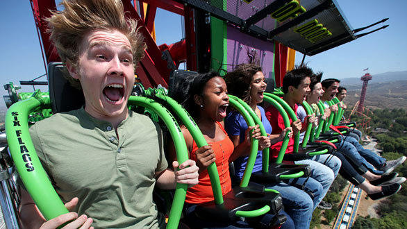 Lex Luthor riders drop at 85 mph in a freefall descent lasting six seconds before an abrupt deceleration at Six Flags Magic Mountain.