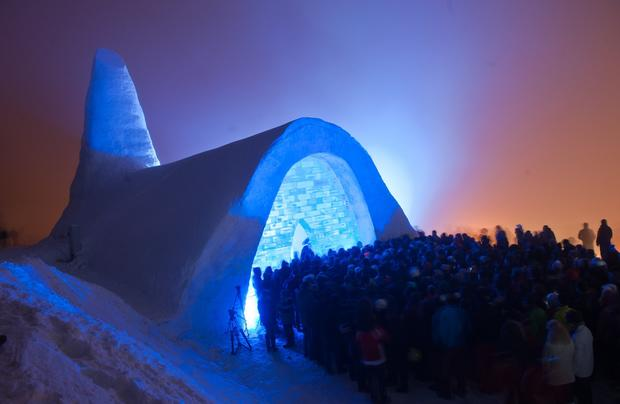 A crowd forms outside the ice church shortly after its opening.