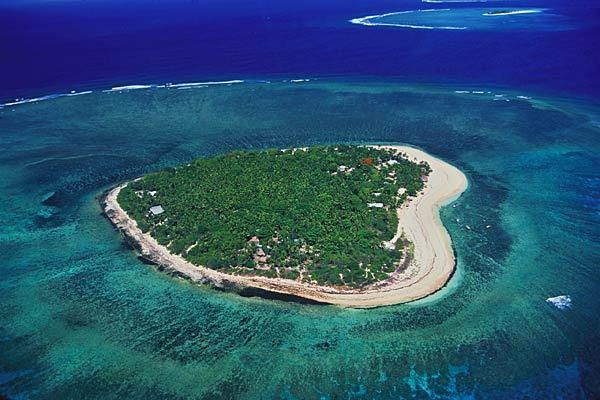 This 29-acre island resort known for its surfing is located west of Viti Levu, Fiji's main island. It features 16 bures, a spa, restaurant and tennis court. Guests also have access to aquatic sports equipment.