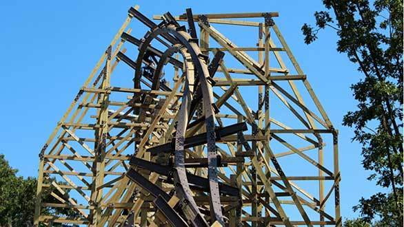 Construction continues on the Outlaw Run hybrid wood-steel coaster coming to Missouri's Silver Dollar City.