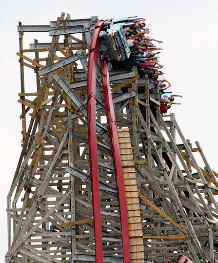 The iron exoskeleton allowed Rocky Mountain to introduce steel coaster-like over-banked turns, shown here on New Texas Giant.