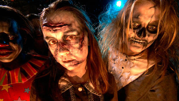 At Six Flags in Mexico City, the park will introduce Festival del Terror for the first time with five haunted mazes.
