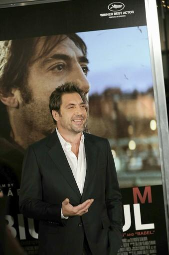 "Javier Bardem steps out in L.A. on Tuesday to support his new foreign-language contender, ""Biutiful."" Bardem stars as Uxbal in the dark drama about a single dad facing death."