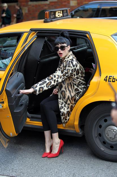 "Krysten Ritter on location in Manhattan for the filming of ""Don't Trust the B-- in Apartment 23."""