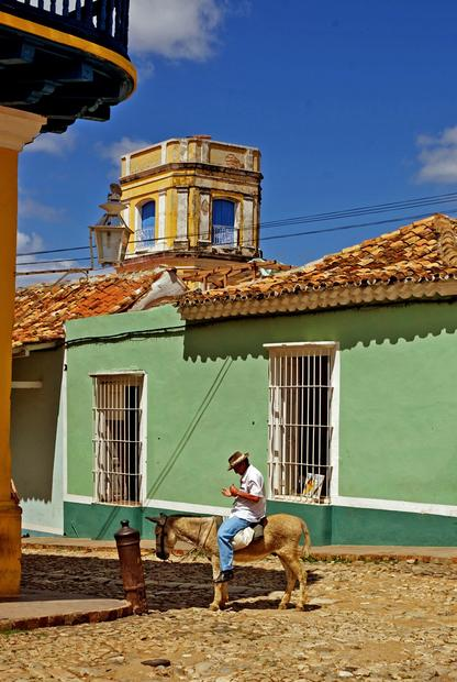 In the Cuban countryside, donkeys and horse-drawn carts are not an unusual sight.