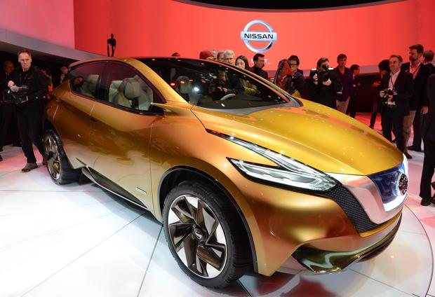 The Nissan Resonance concept crossover is introduced.