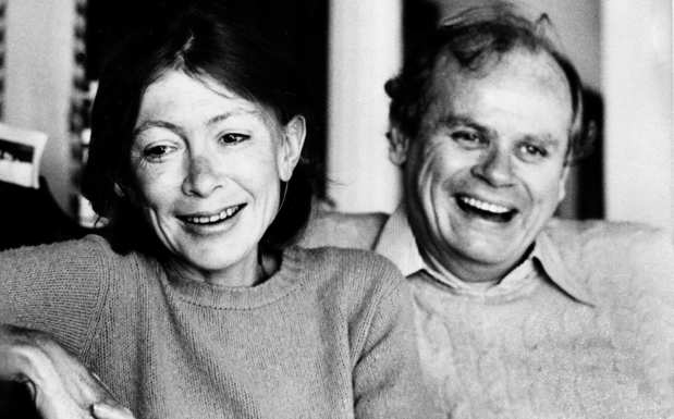 Didion and her husband, John Dunne, in their Malibu home in 1977.