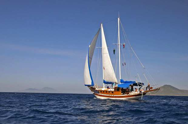 The 62-foot gulet, Timer, under sail.