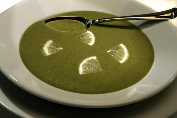 "<a href=""http://www.latimes.com/theguide/holiday-guide/food/la-fo-greens,0,5861855.story"" target=""_blank"">Kale, mustard greens and collard greens are simmered, seasoned and garnished with pretty lemon slices in this unique, colorful soup. Click here for the recipe.</a><br> <br> <b>RELATED</b><br> <br> <a href=""http://www.latimes.com/features/food/thanksgiving/"">More holiday recipes from the L.A. Times Test Kitchen</a>"