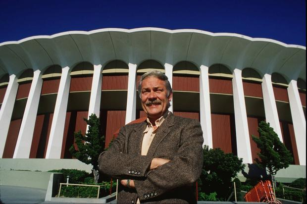Jerry Buss bought the Lakers from Jack Kent Cooke in 1979, along with the Forum, the NHL's Kings (which he later sold), and a ranch in the Sierra Nevada for a total of $67.5 million.