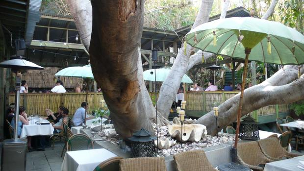 The casual and natural patio of Cliff's Edge restaurant in Silver Lake.