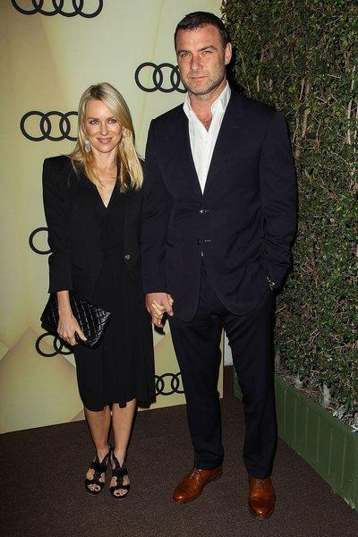 Naomi Watts in all black and partner Liev Schreiber.
