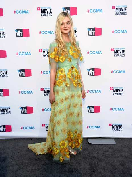 Elle Fanning played the fresh young thing perfectly in a sunflower-covered Rodarte dress.