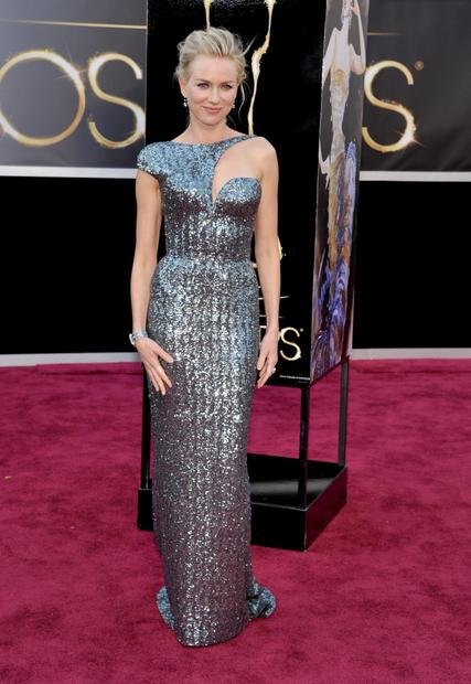 Oscars 2013 red carpet: Naomi Watts in Armani Privé.