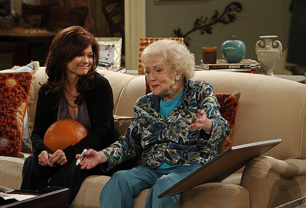 "TV veterans Valerie Bertinelli and Betty White return to the sitcom format with TV Land's ""Hot in Cleveland."""