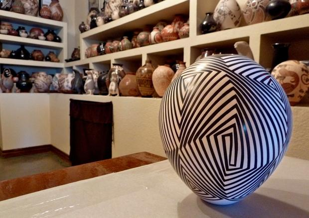 This contemporary pot by Rodrigo Perez is one of hundreds on display at the Quezada Gallery, one of the few places in Mata Ortiz where visitors can use a credit card to buy pottery.
