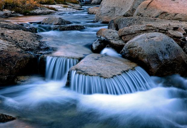 Water flows in an inlet of Evolution Lake near the John Muir Trail in California.