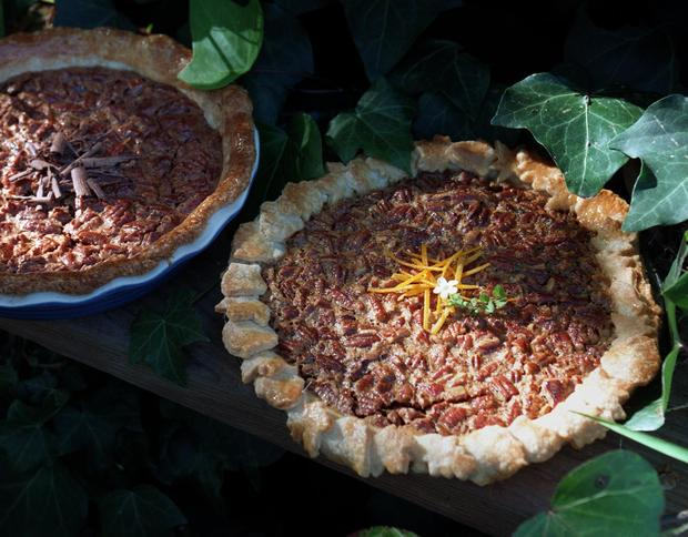 "<a href=""http://www.latimes.com/theguide/holiday-guide/food/la-fo-pecanpie,0,6621883.story"" target=""_blank"">Your guests will want to know what makes this pecan pie so good. We'll tell you: a hint of orange. Click here for the recipe.</a><br> <br> <b>RELATED</b><br> <br> <a href=""http://www.latimes.com/features/food/thanksgiving/"">More holiday recipes from the L.A. Times Test Kitchen</a>"