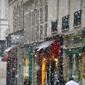 Your Scene: Paris Snow Globe