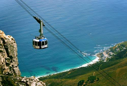 The ever-popular cable car makes its way up Table Mountain.