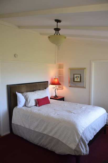 The Ojai Retreat, a 12-unit B&B and conference center in the Meiners Oaks area of the Ojai Valley.
