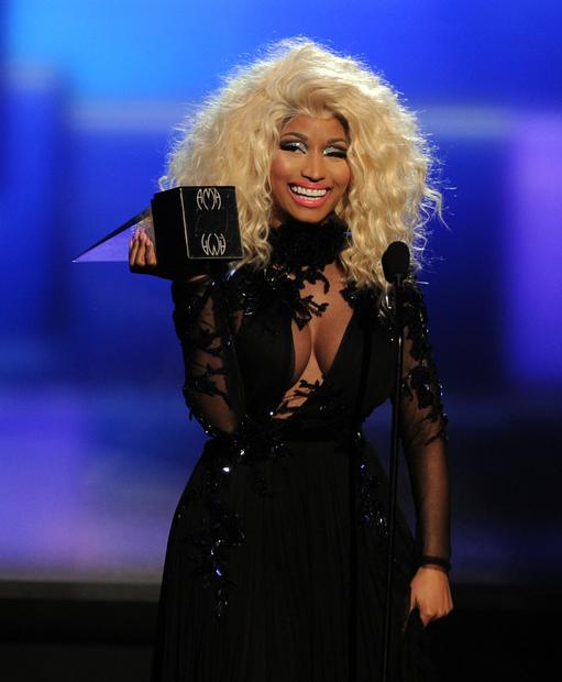 Nicki Minaj accepts the award for favorite rap/hip-hot artist.