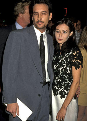 <b>December 1995 </b><br> <br> Doherty becomes engaged to director Rob Weiss (they never marry).