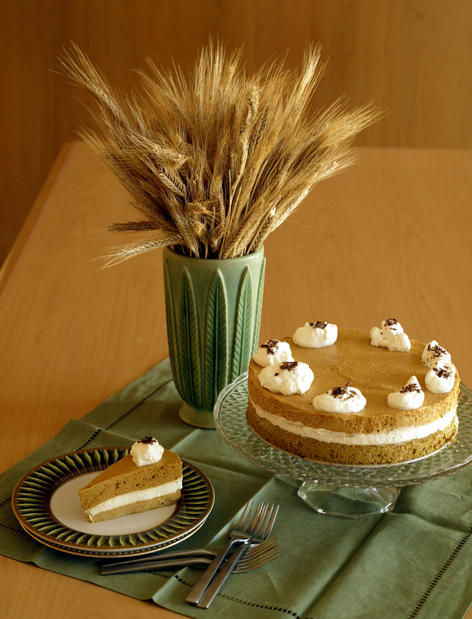 "It's pumpkin, with a twist. <a href=""http://www.latimes.com/theguide/holiday-guide/food/la-fo-th2-eachdish-torte,0,7151904.story"" target=""_blank"">Click here for the recipe.</a><br> <br> <b>RELATED</b><br> <br> <a href=""http://www.latimes.com/features/food/thanksgiving/"">More holiday recipes from the L.A. Times Test Kitchen</a>"