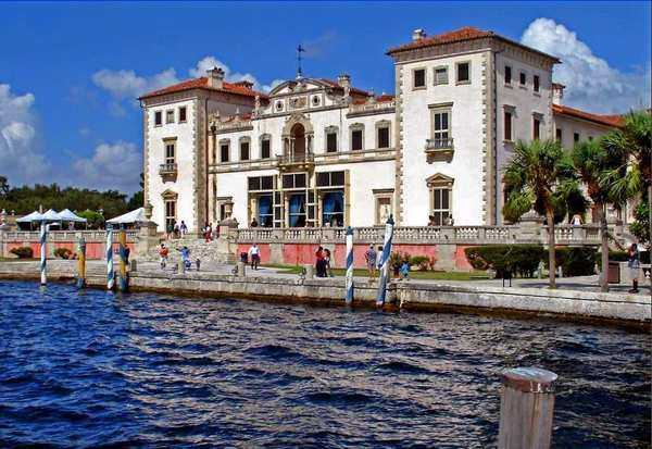 The breeze off Biscayne Bay and playful fountains cool Vizcaya's elaborate gardens even on a sweltering summer day -- not that International Harvester heir James Deering would have known. The Coconut Grove, Fla., mansion was his winter estate. When it opened in 1916, Miami's population was a mere 10,000.