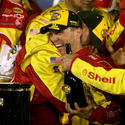 Kevin Harvick wins the 2007 Daytona 500