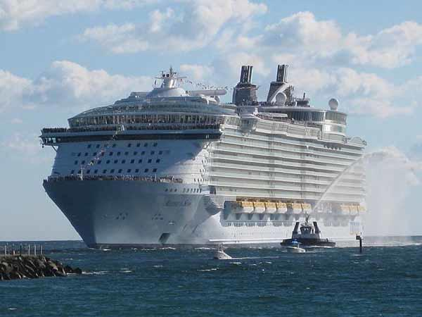 The Royal Caribbean Allure of the Sea steams into her new home at Port Everglades in Fort Lauderdale on Thursday, Nov 11, 2010.