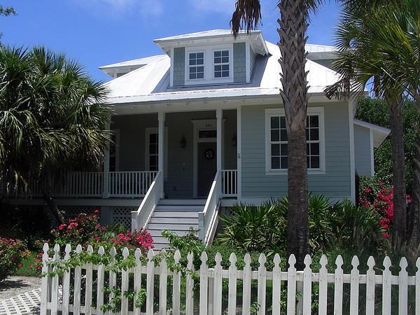 Florida Beach House A Blend Of Cracker Charleston And