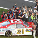Picture: Trevor Bayne wins 2011 Daytona 500