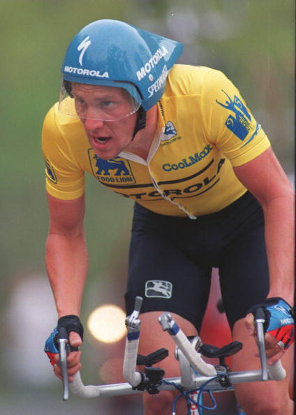 Lance Armstrong races to victory during stage 5 of the 1995 Tour Dupont in Roanoke, Virginia.