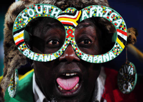 A South Africa fan. (Photo by Laurence Griffiths/Getty Images)