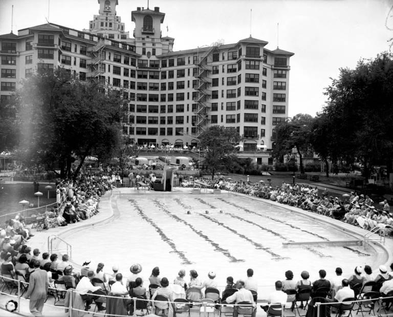 Edgewater Beach Hotel Chicago Tribune