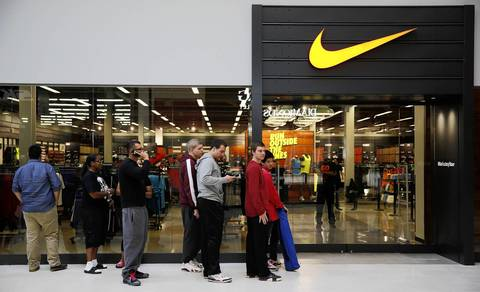 rosemont outlet mall nike store